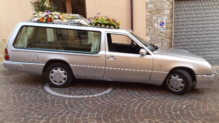 Mercedes Benz mod. 250