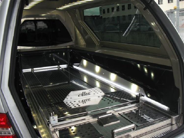 Autofunebre Mercedes classe C  CLS  Sirio E212 immagine 8